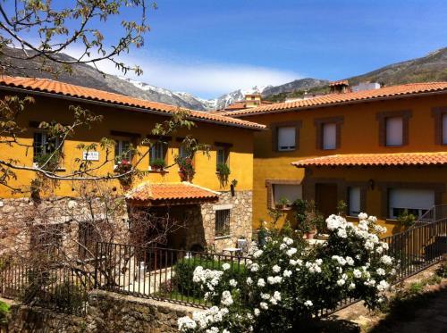 Hotel Pictures: Casa Rural Sierra de Tormantos, Guijo de Santa Bárbara