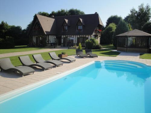 Hotel Pictures: Gîtes Les Colombages, Fatouville-Grestain
