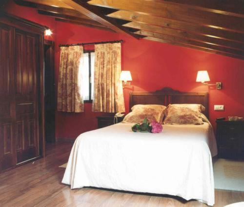 Hotel Pictures: La Fonte, Naves