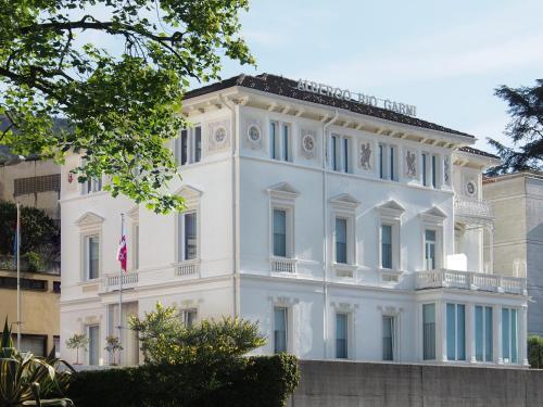 Hotel Rio Garni