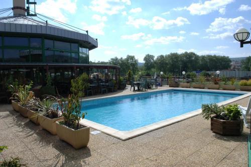 Hotel Pictures: , Millau