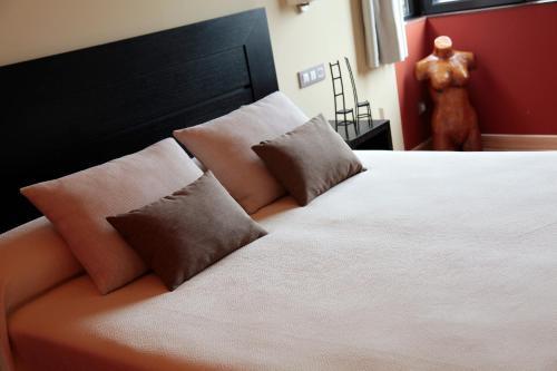 Hotel Pictures: , Las Rozas de Valdearroyo