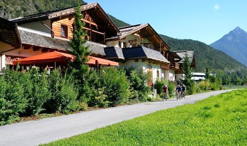 酒店图片: Trofana Tyrol, Mils bei Imst
