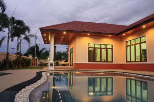 Tansita House