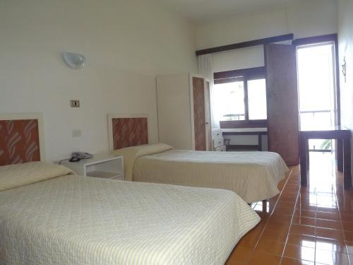 Villa celentano positano prenotazione on line for Hotel soggiorno salesiano