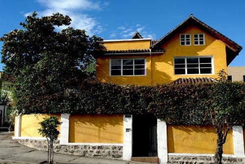 Albergues en quito albergues baratos en Casa amarilla sucursales