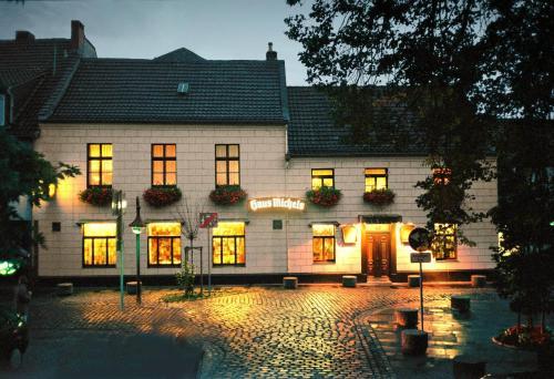 Hotel Pictures: Landhaus Michels garni, Kaarst