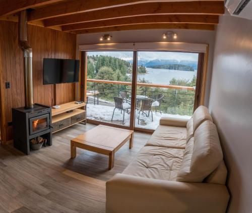 Un lugar para sentarse en BOG Atardeceres del lago