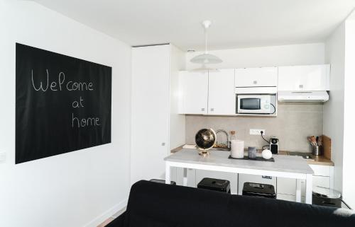 مطبخ أو مطبخ صغير في ★ LOVELY PARIS ★