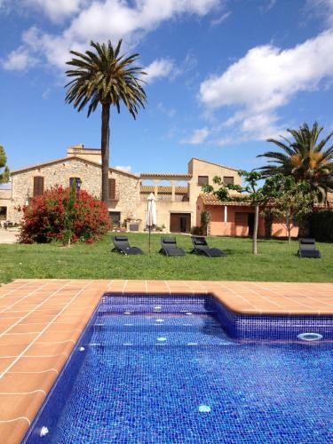 Hotel Pictures: Can Mas, San Pedro Pescador