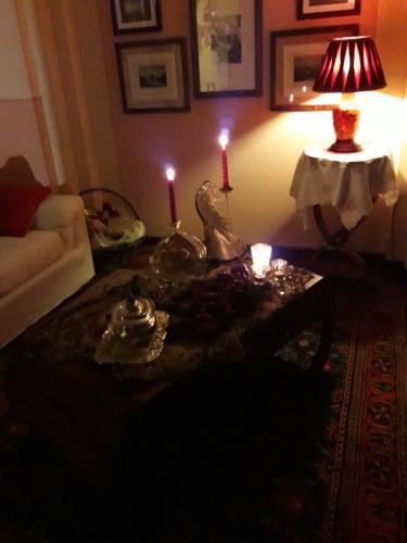Bed and Breakfast Lovely Casa Paola (Italia Villafranca di ...