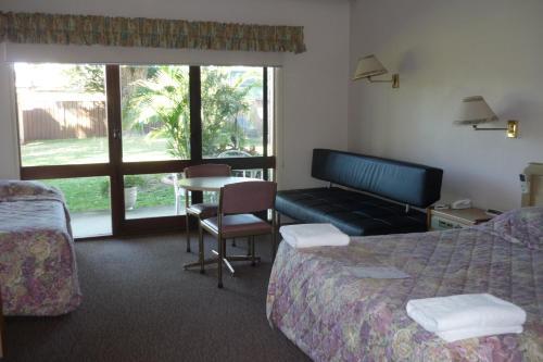 Foto Hotel: Glades Motor Inn, Woy Woy