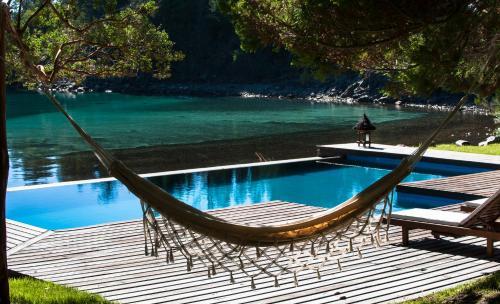Luxury Private Villa Lake Front Bariloche