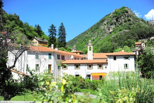Hotel Pictures: , Saint-Dalmas-de-Tende