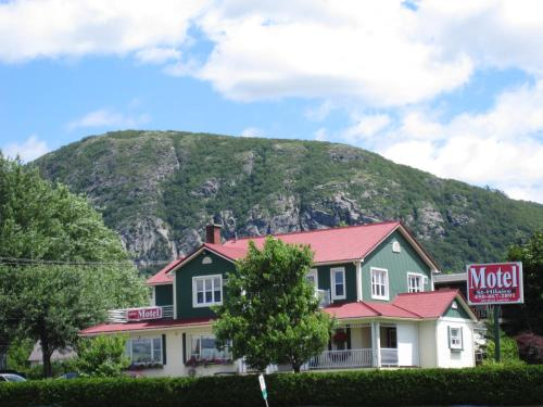 Hotel Pictures: Motel Saint-Hilaire, Mont-Saint-Hilaire