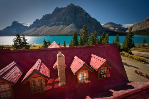 Hotel Pictures: Num-Ti-Jah Lodge, Lake Louise