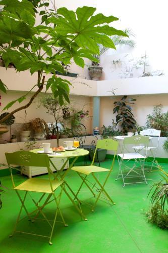 Hotel Pictures: Trianon Grenoble Centre, Grenoble