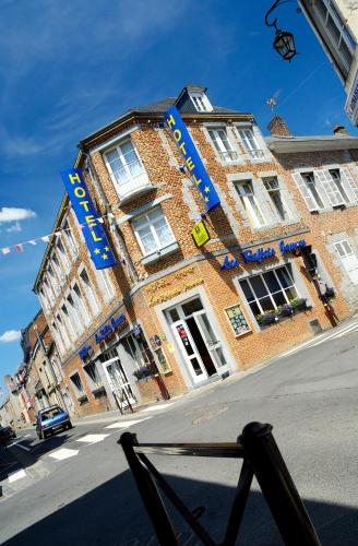 Hotel Pictures: Les Reflets Jaunes, Givet