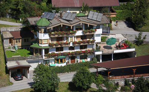 Hotellikuvia: Haus am Sonnenhang, Finkenberg