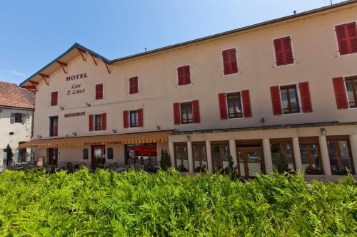 Hotel Pictures: Hotel Les 2 Lacs, Clairvaux-les-Lacs