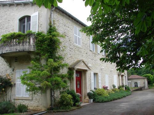 Hotel Pictures: , Saint-Claud