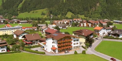 Hotellbilder: Hotel Gasthof Alpenhof, Zell am Ziller