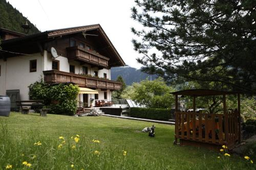 Фотографии отеля: Haus Alpengruß, Финкенберг