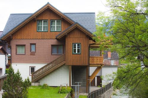 Foto Hotel: Ferienhaus Pucher, Altaussee