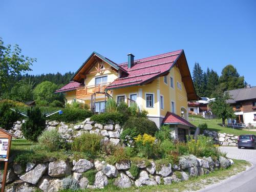 Foto Hotel: Haus ÖtscherTeufel, Lackenhof
