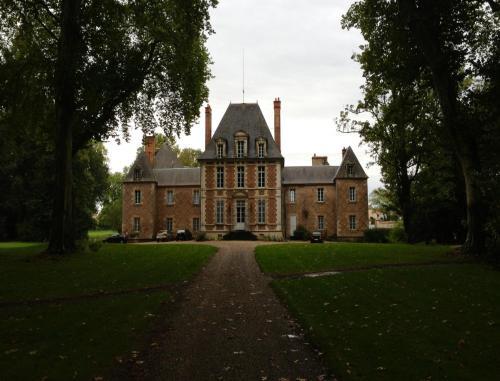 Hotel Pictures: Château de Villars, Villeneuve-sur-Allier