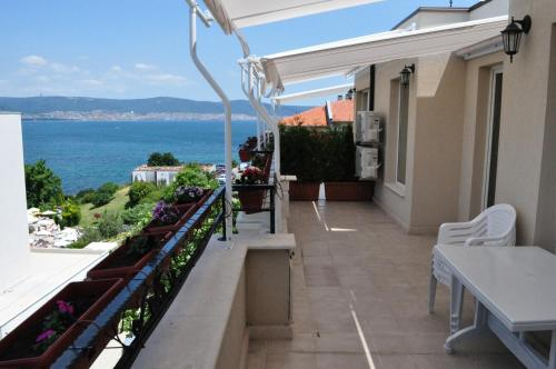 Hotel Pictures: St. George Apartments, Nesebar