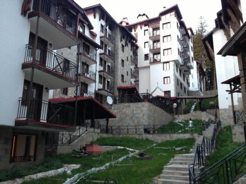 Zdjęcia hotelu: Ski Apartment in Castle Complex, Pamporovo