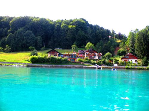 Hotel Pictures: Apartment Loindl, Unterach am Attersee