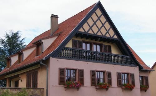 Hotel Pictures: Gite Chez Jean, Saint-Hippolyte