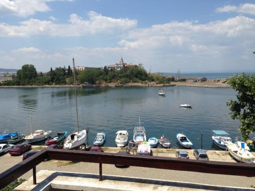 Photos de l'hôtel: Vesela Guest House, Sozopol