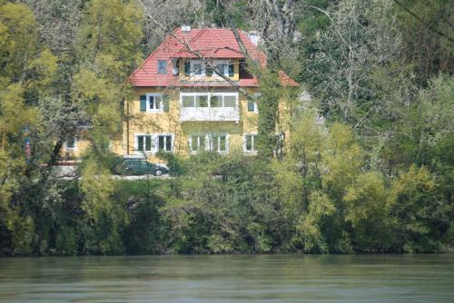 Hotelbilleder: Gästehaus Egger, Emmersdorf an der Donau