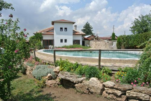 酒店图片: Guest House Zdravec, Krapets