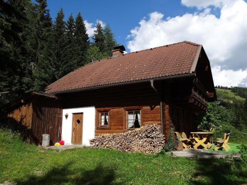 Hotellikuvia: Glanzerhütte, Innerkrems