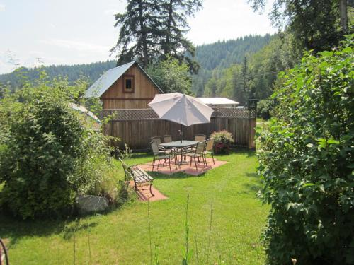 Hotel Pictures: Serenity on the River B&B, Vavenby