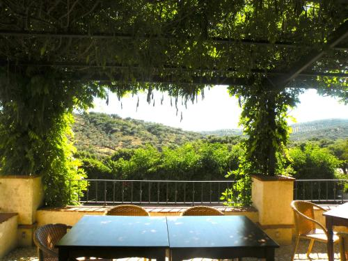 Hotel Pictures: Hotel Posada de Valdezufre, Aracena