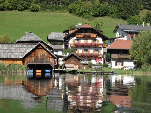 Hotellikuvia: Ferienhof Hoffmann, Weissensee