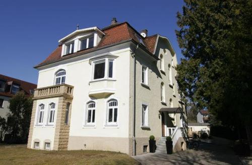 Hotel Pictures: Villa von Soden - Hotel Garni, Friedrichshafen