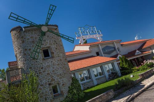Hotel Pictures: Le Moulin des Gardelles, Riom