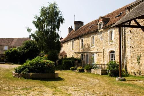 Hotel Pictures: , Fresné-la-Mère