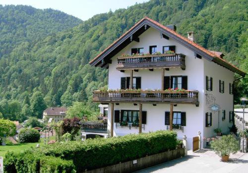 Hotel Pictures: Gästehaus Katharina, Kiefersfelden
