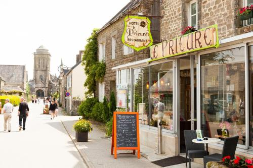 Hotel Pictures: , Locronan