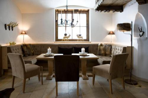 Hotelbilleder: Hotel Brunnenhof, Lech am Arlberg