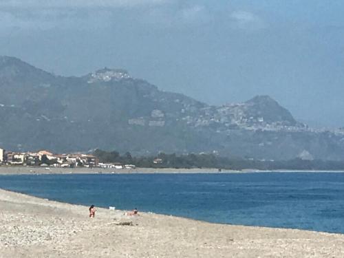 شاطئ عند الشقة أو بالجوار