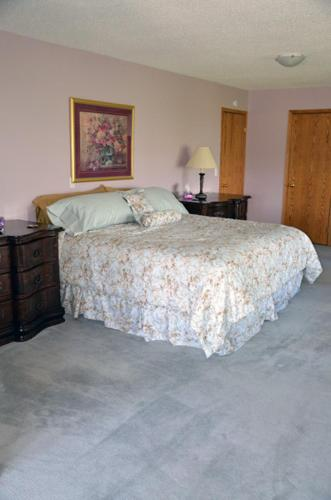 Hotel Pictures: Gemstone Guest House and B&B, Raymond