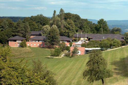 Hotel Pictures: Seminarzentrum Leuenberg, Hölstein